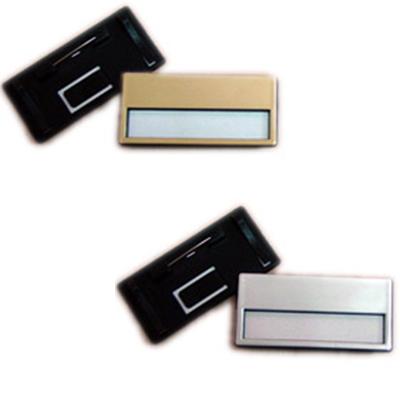 תג פלסטיק בצבע זהב או כסף