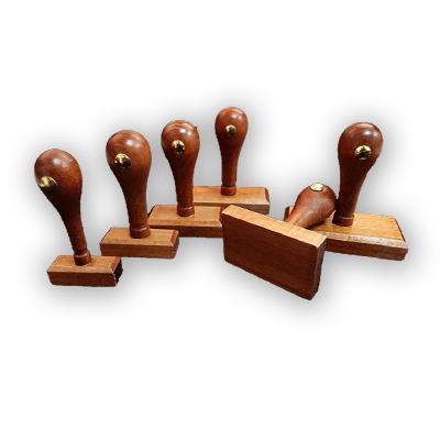 ידית + בסיס עץ מהודר מלבן